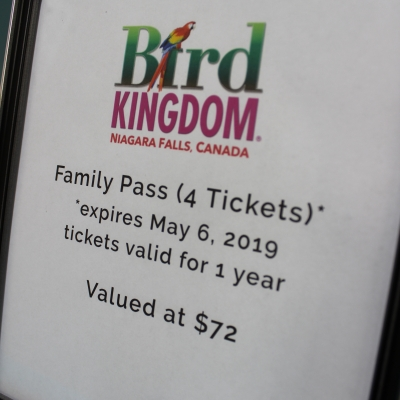 4 Tickets to Bird Kingdom in Niagara Falls